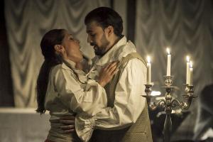 Rigoletto, Musica a Palazzo